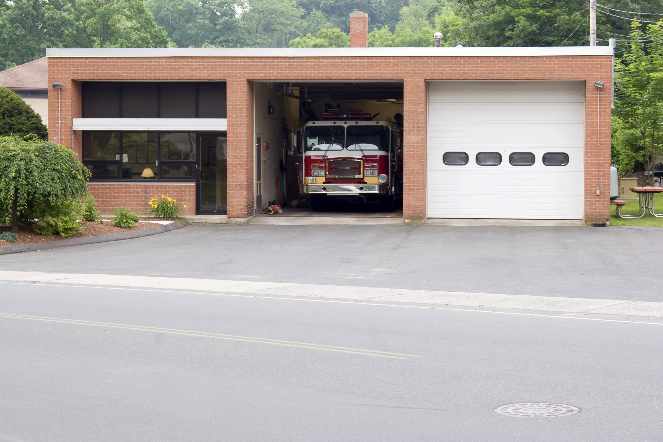 Irving Garage Door Repair - Commercial Garage Door Repair and Installation 1