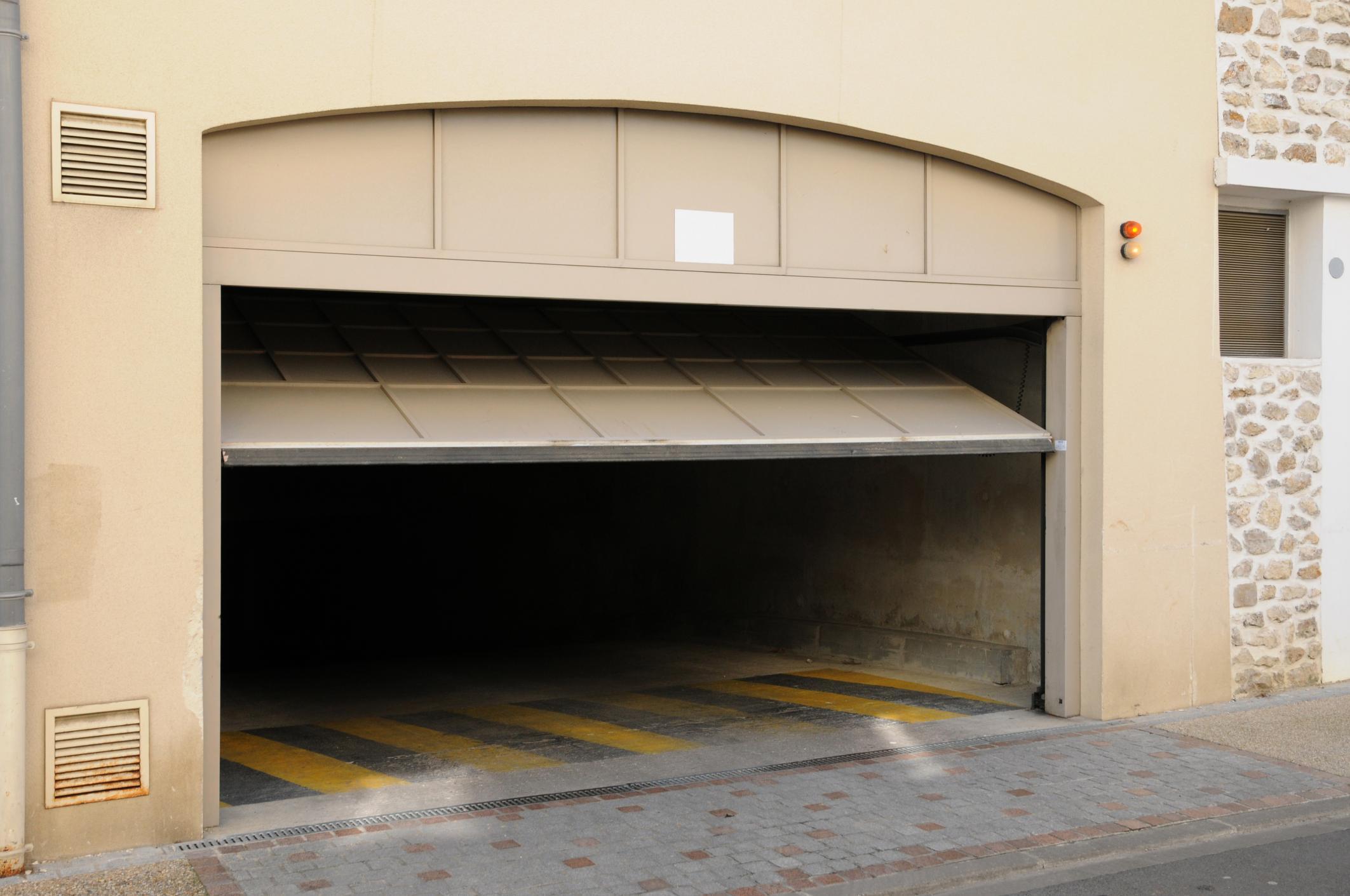 Irving Garage Door Repair - Garage Door Repair 2